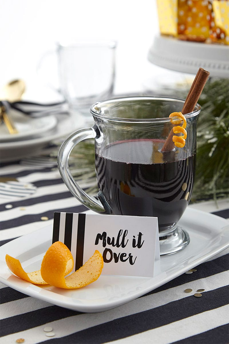 Perfect Holiday Cocktail For Karaoke Parties!