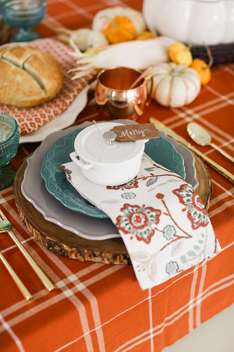 Gorgeous fall tablescape!