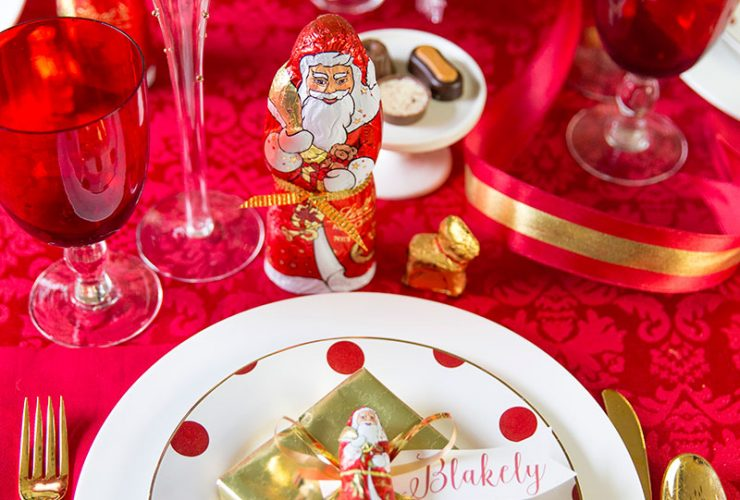 A Chocolate Christmas Tablescape
