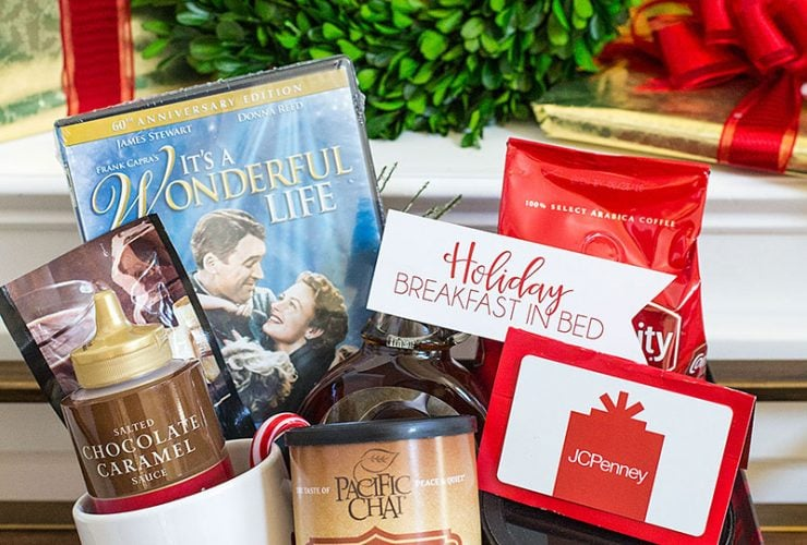 {Gift Idea} Christmas Breakfast in Bed