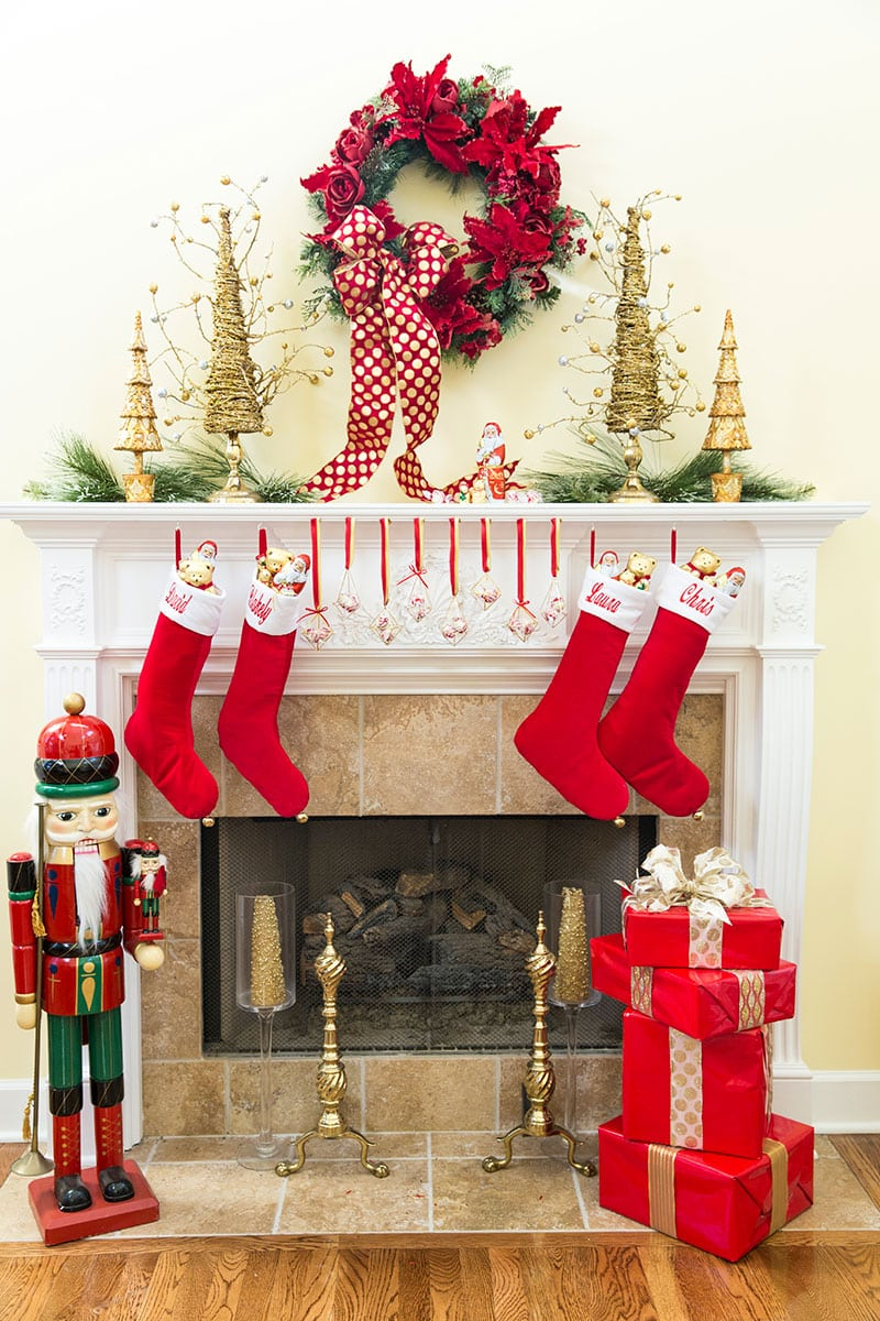 Xmas Decoration Ideas For Living Room: A Chocolate Christmas Tablescape