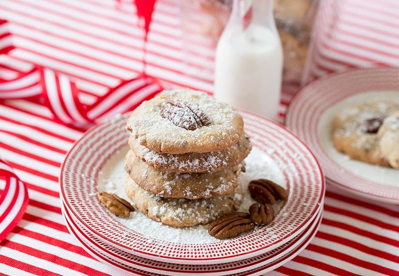 Perfect Christmas Cookie: Pecan Coconut Cookie