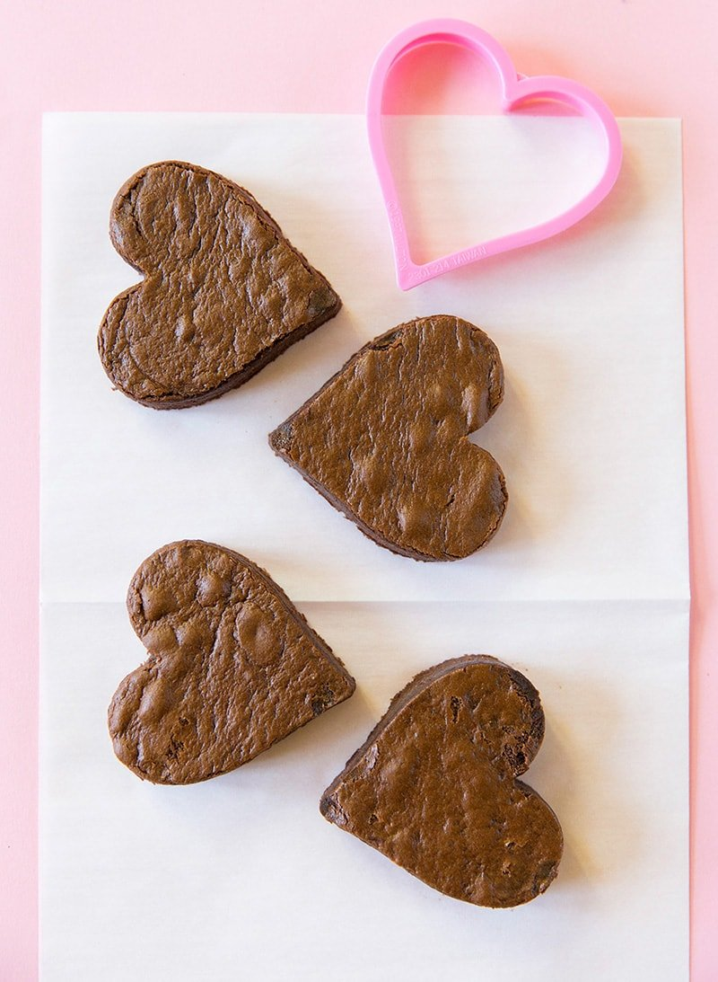 How to make Valentine Chocolate Fudge Heart Cakes