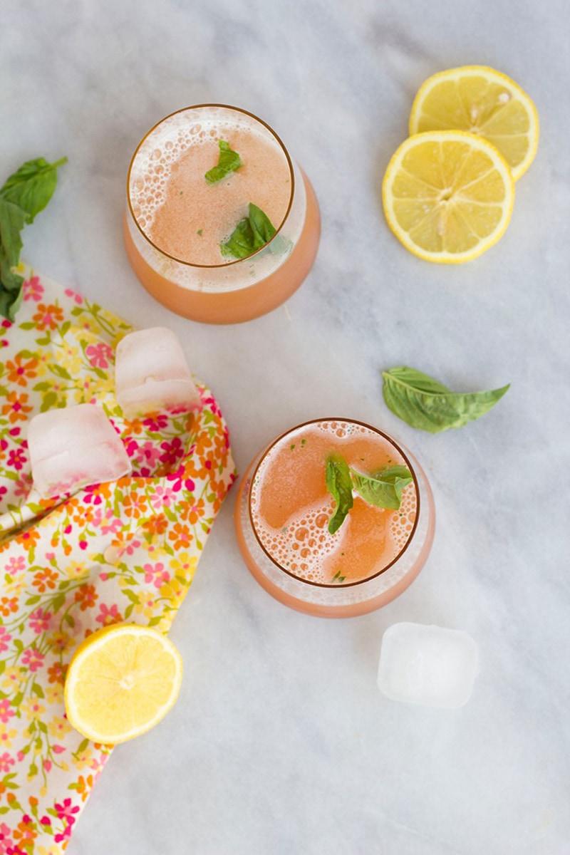 10-Fleur-de-lis-cocktail-recipe