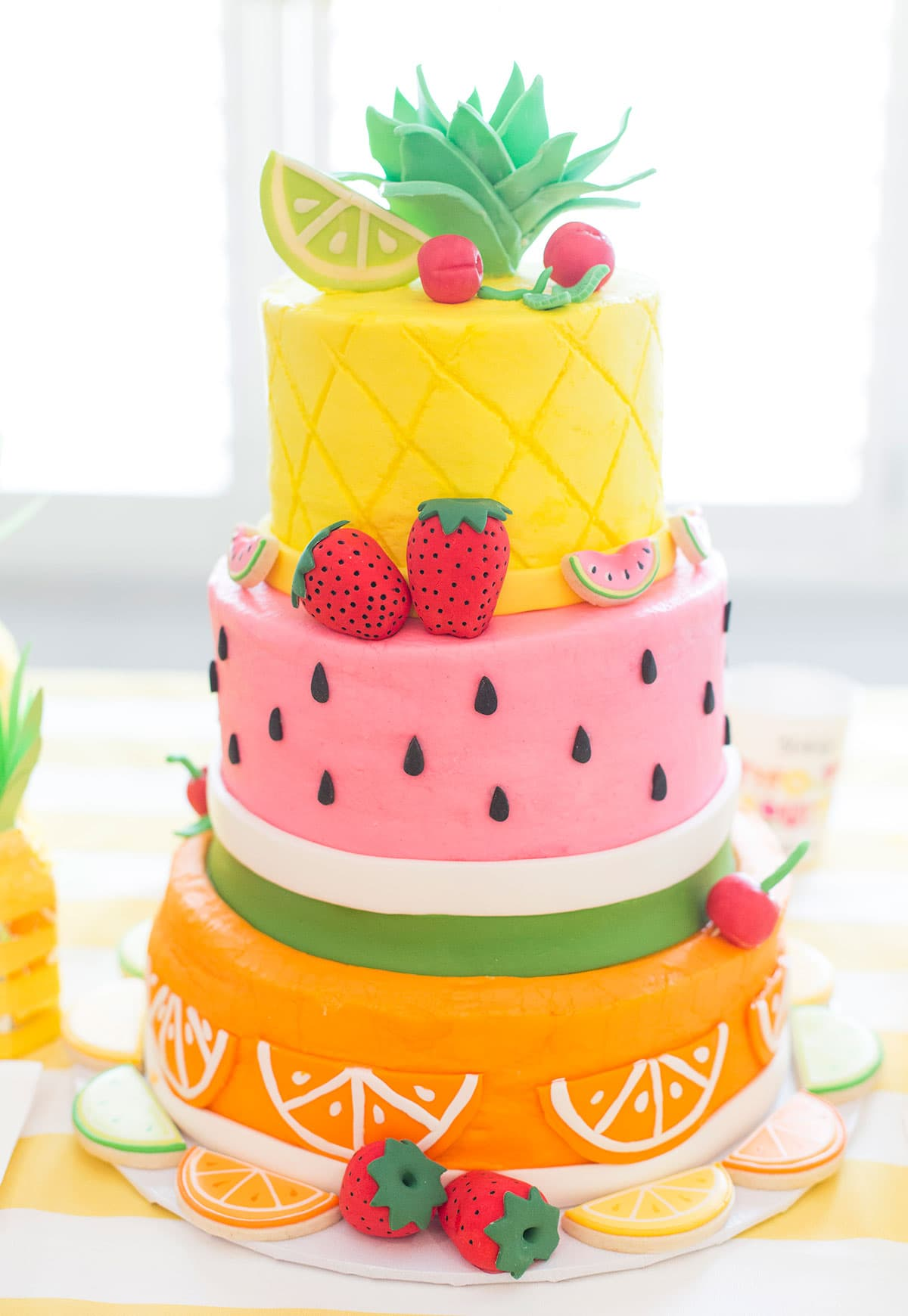 Cake With Fruit Birthday : Two-tti Fruity Birthday Party: Blakely Turns 2! Pizzazzerie