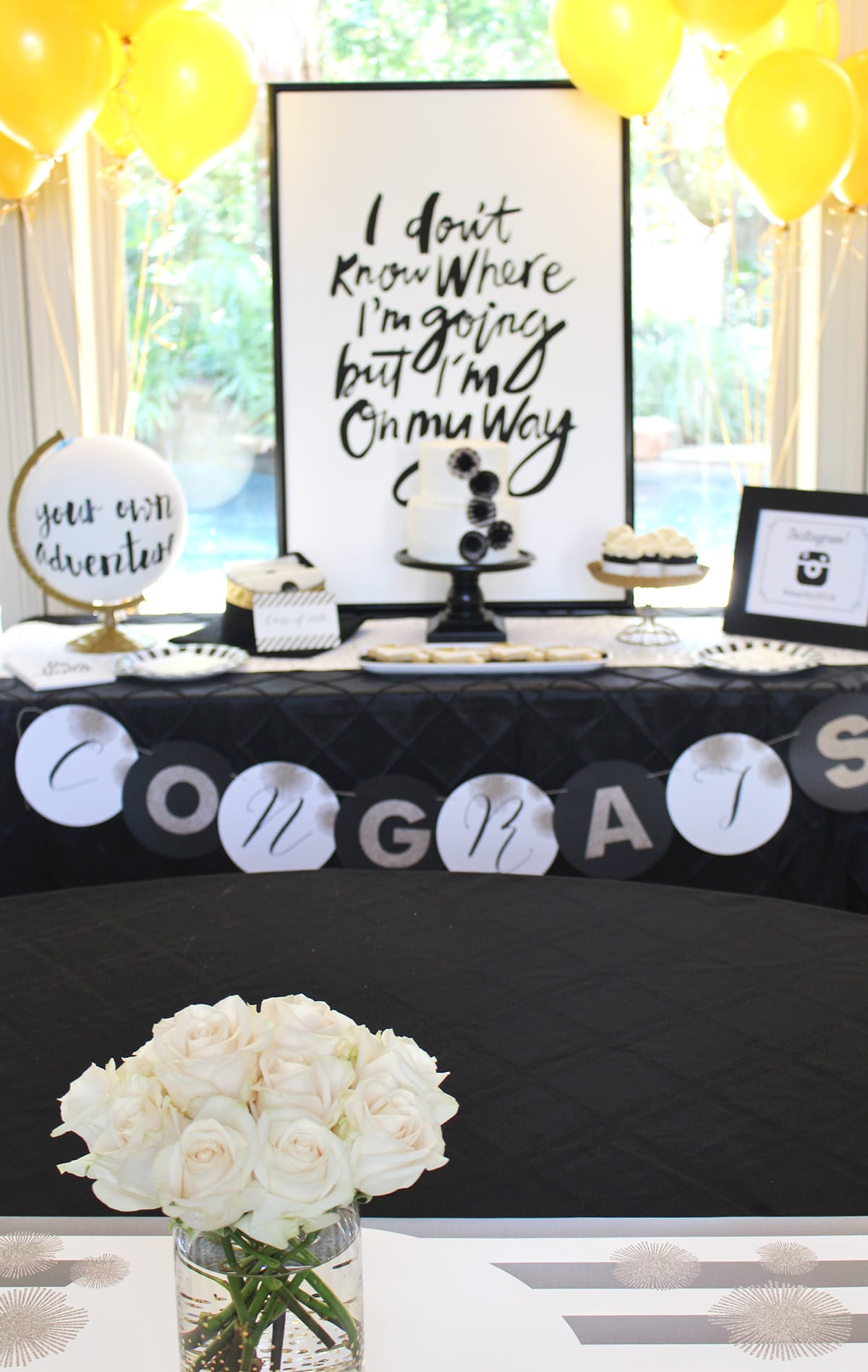 Cute and stylish graduation party!