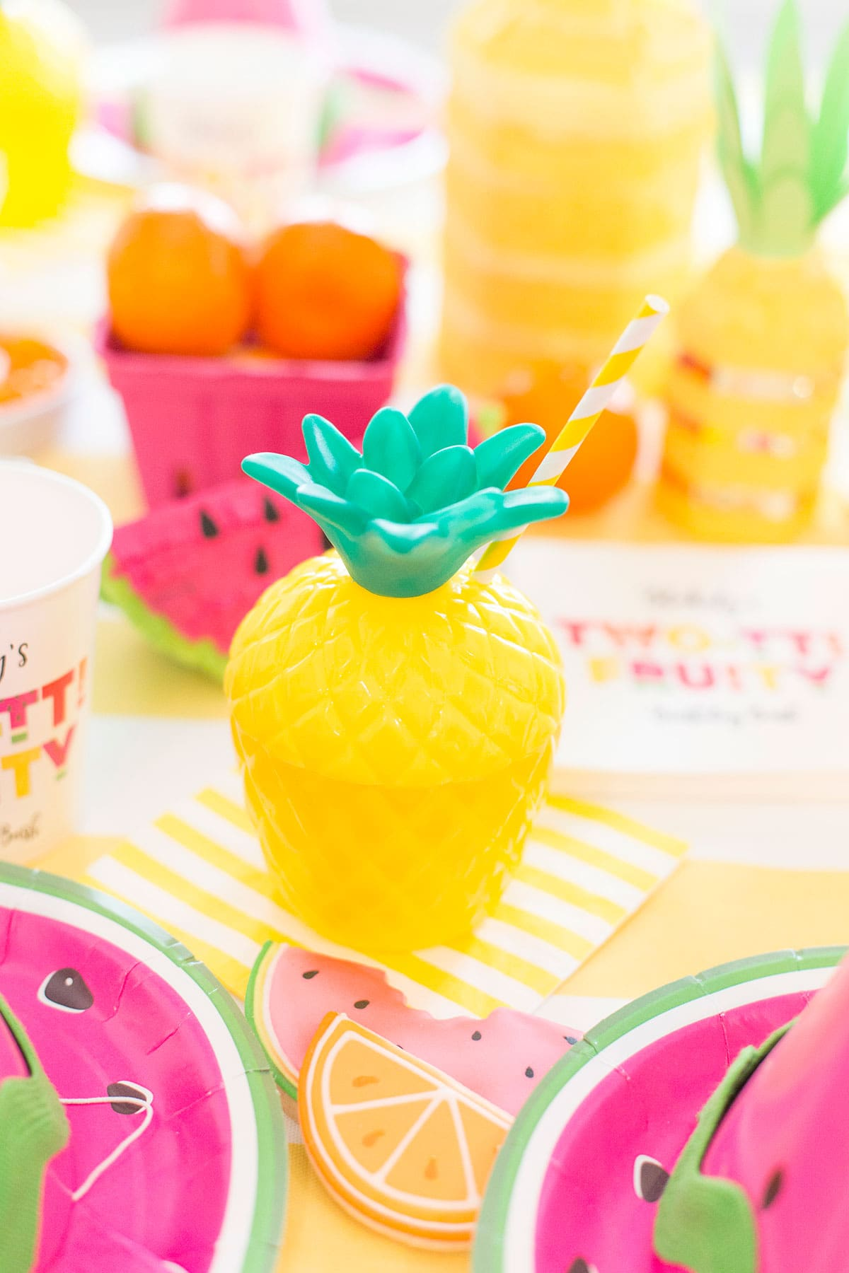 Pineapple Party Cup for Two-tti Fruity Party!