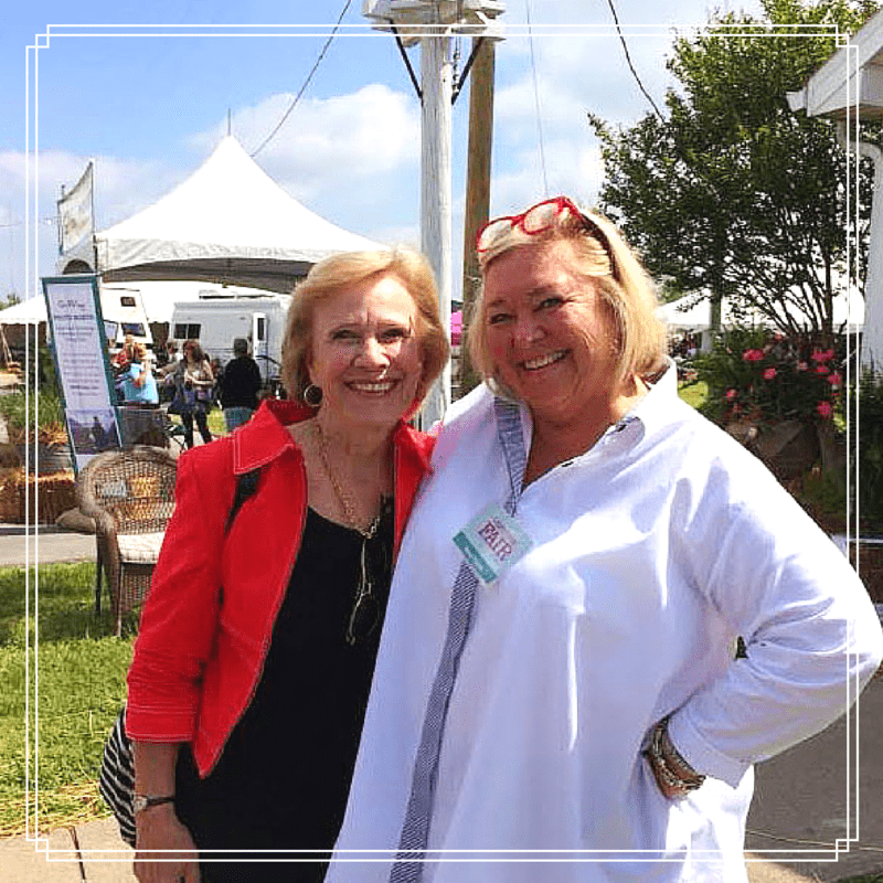 Pizzazzerie interviews Nancy Fuller from Farmhouse Rules at the Country Living Fair!