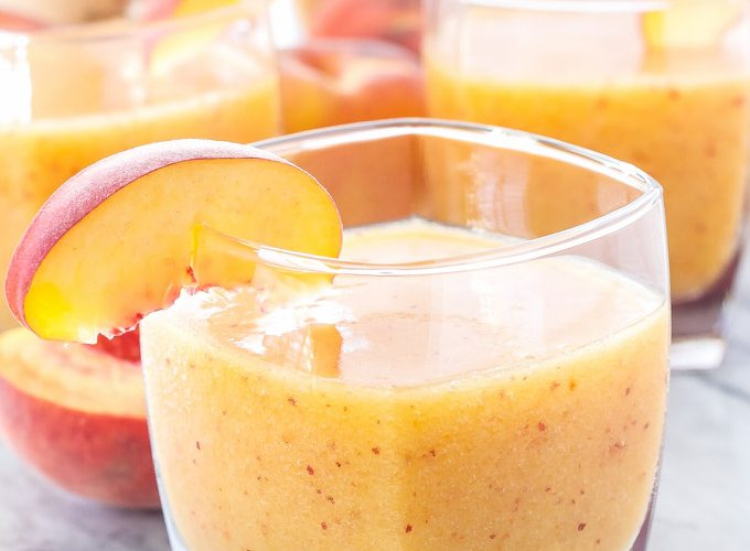 11 Reasons to Sip Peach Cocktails All Summer