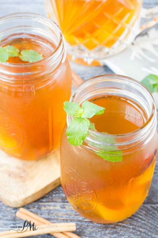 Peach Cocktails - Peach Cobbler Moonshine