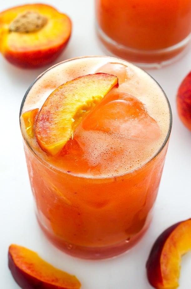 Peach cocktails - Fresh Peach Margaritas