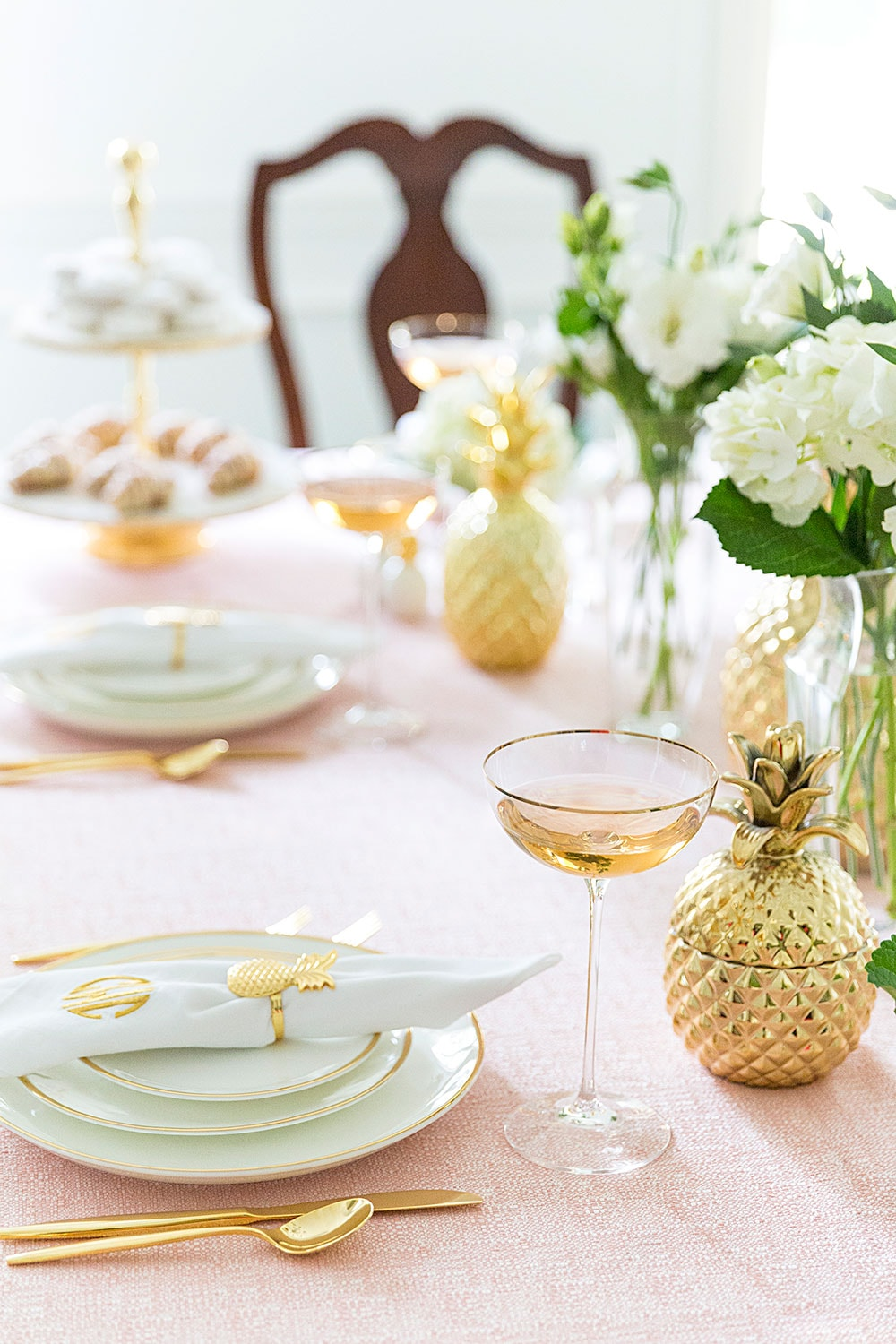 Gorgeous Pink Pineapple Tablescape