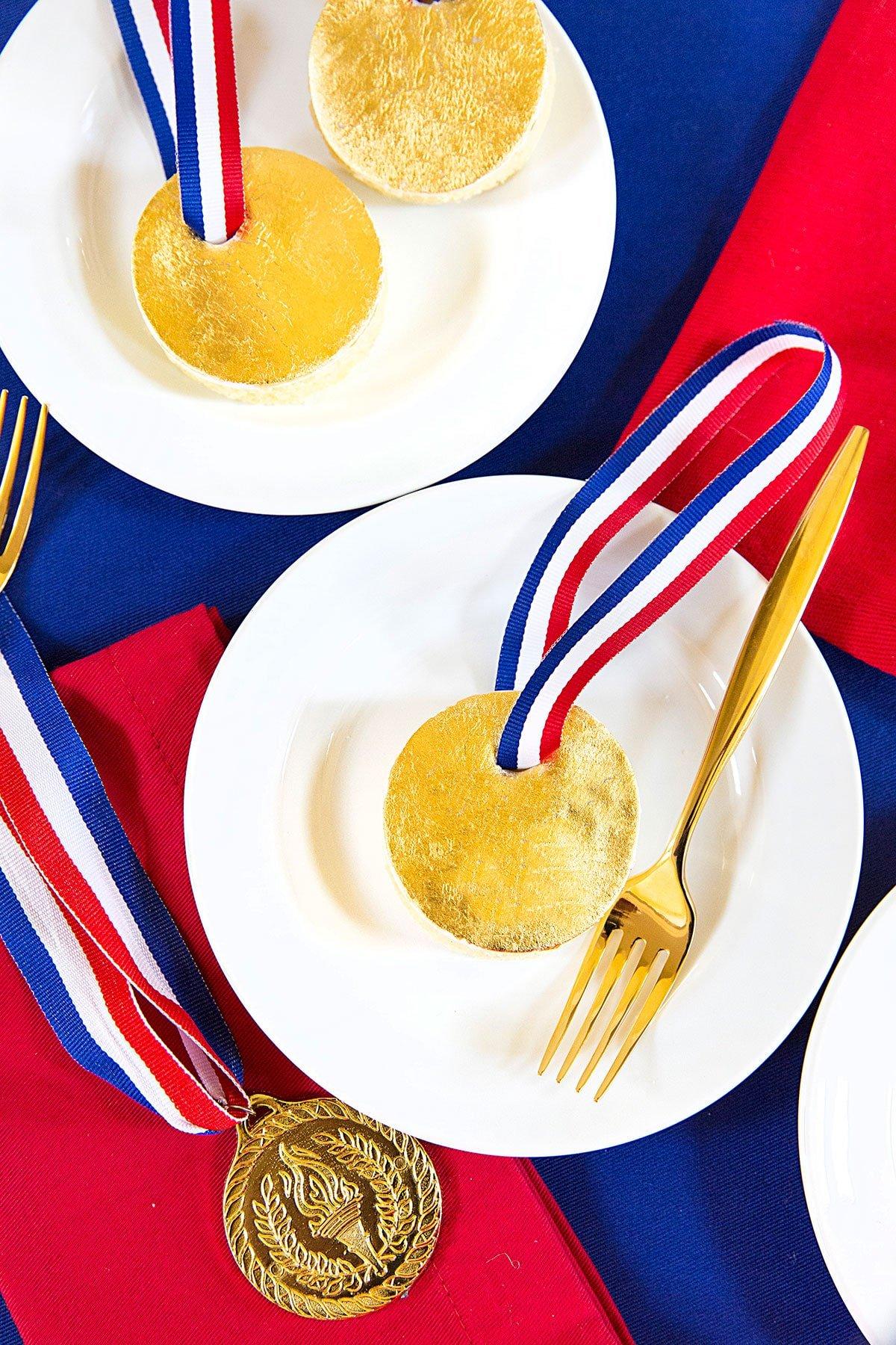 Gold medal cakes olympics dessert