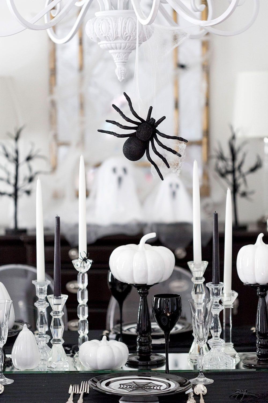host a spooktacular halloween dinner party | pizzazzerie