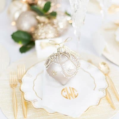 Gold Sparkling Holiday Table | Holiday Place Setting | Ornament Plate Topper
