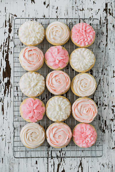 Gorgeous Flower Cookies by Jenny Cookies