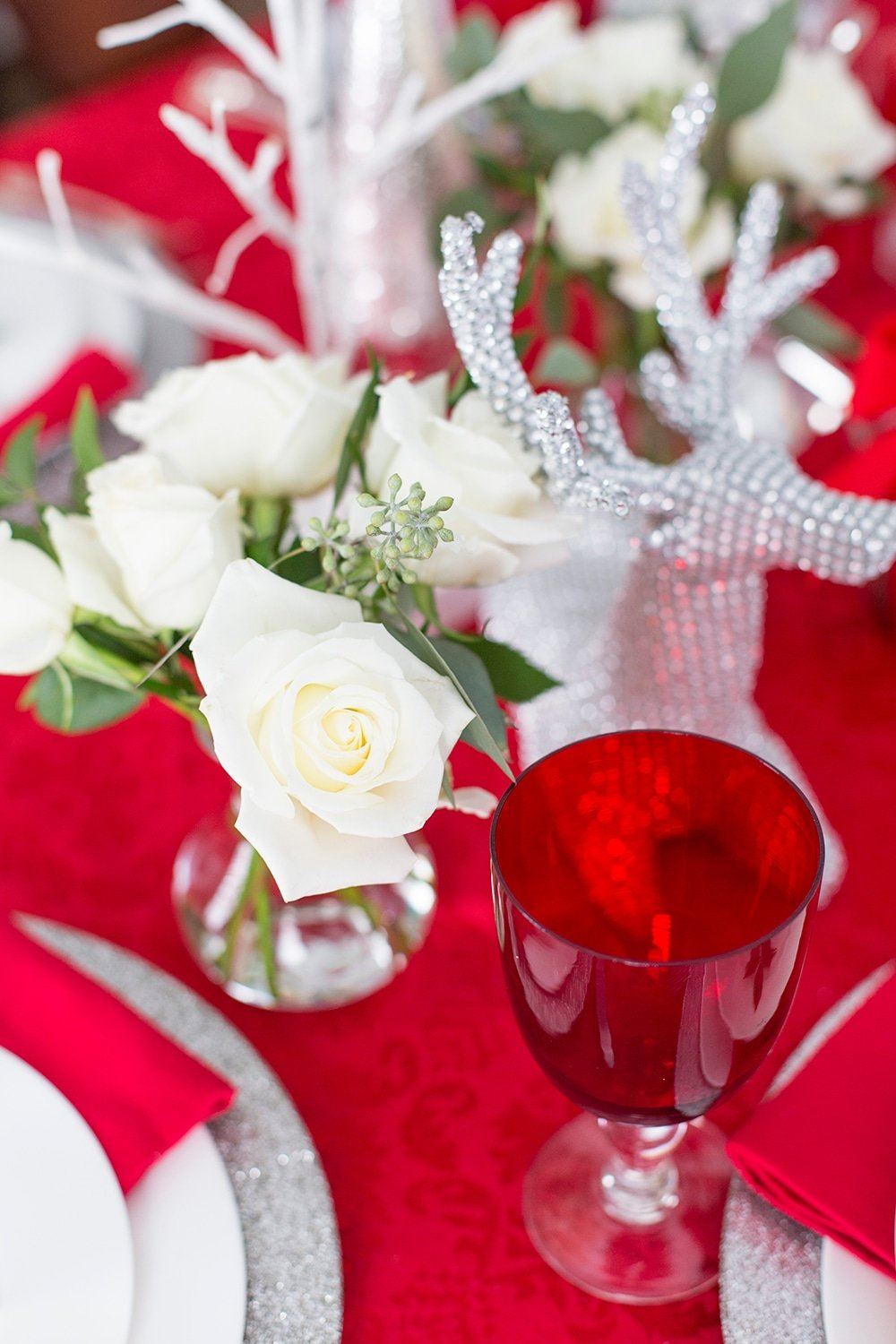 Red, white and silver holiday tablescape + free printables