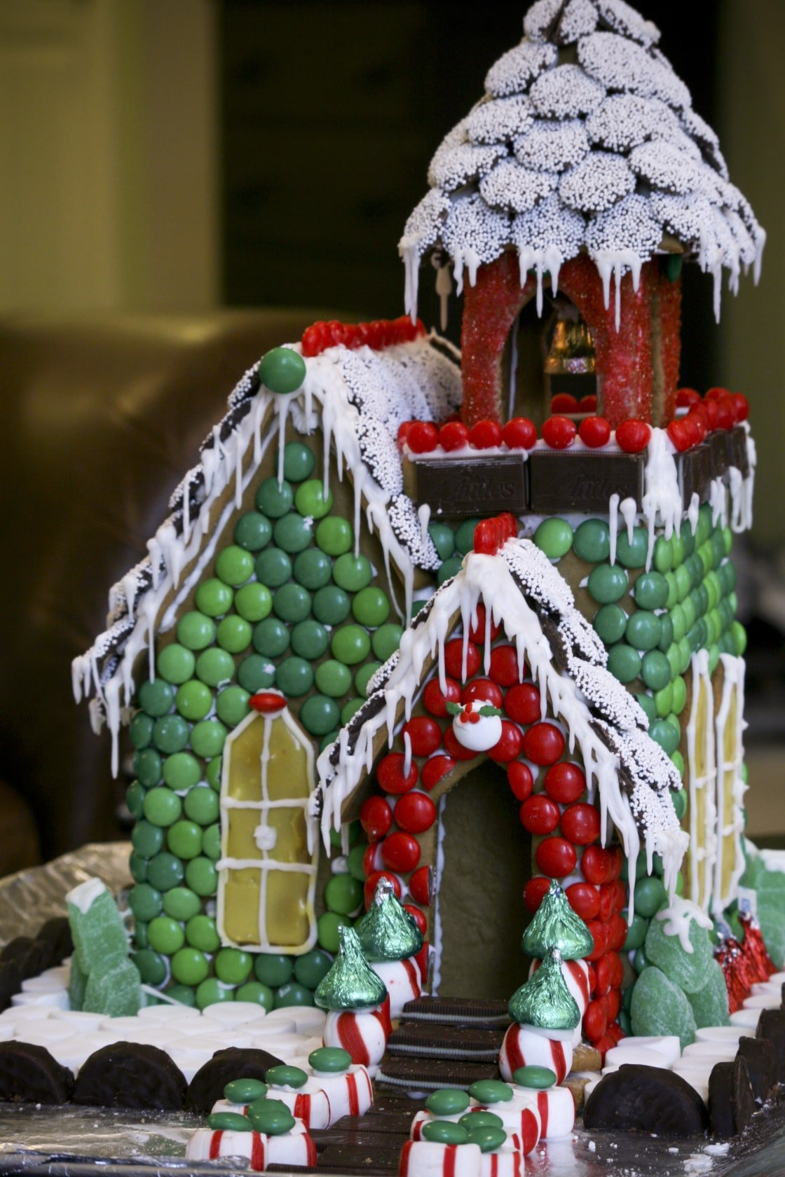 Beautiful Gingerbread Houses!