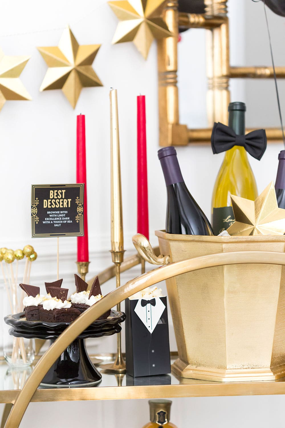 Tips for styling a Golden Globes Bar Cart!