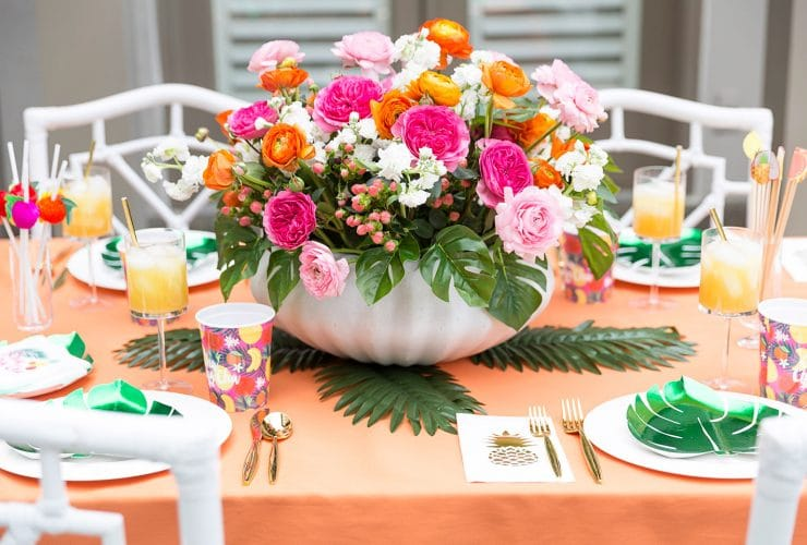 A Tropical Soiree with Swoozie's!