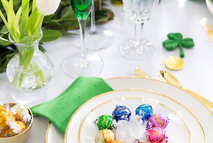 "A ""Sweet"" St. Patrick's Day Tablescape"