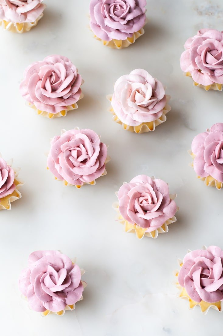 Rose Cupcakes | Rose Shaped Desserts