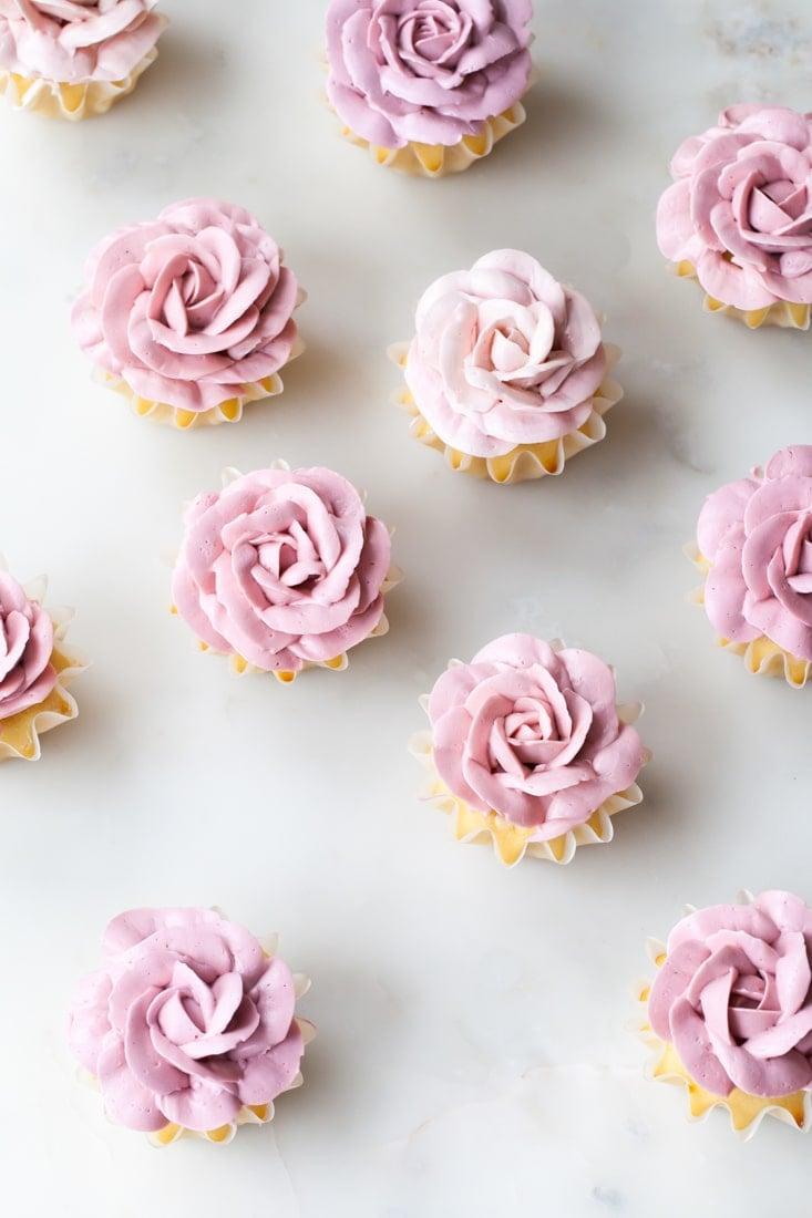 Rose Cupcakes | Rose Shaped Desserts