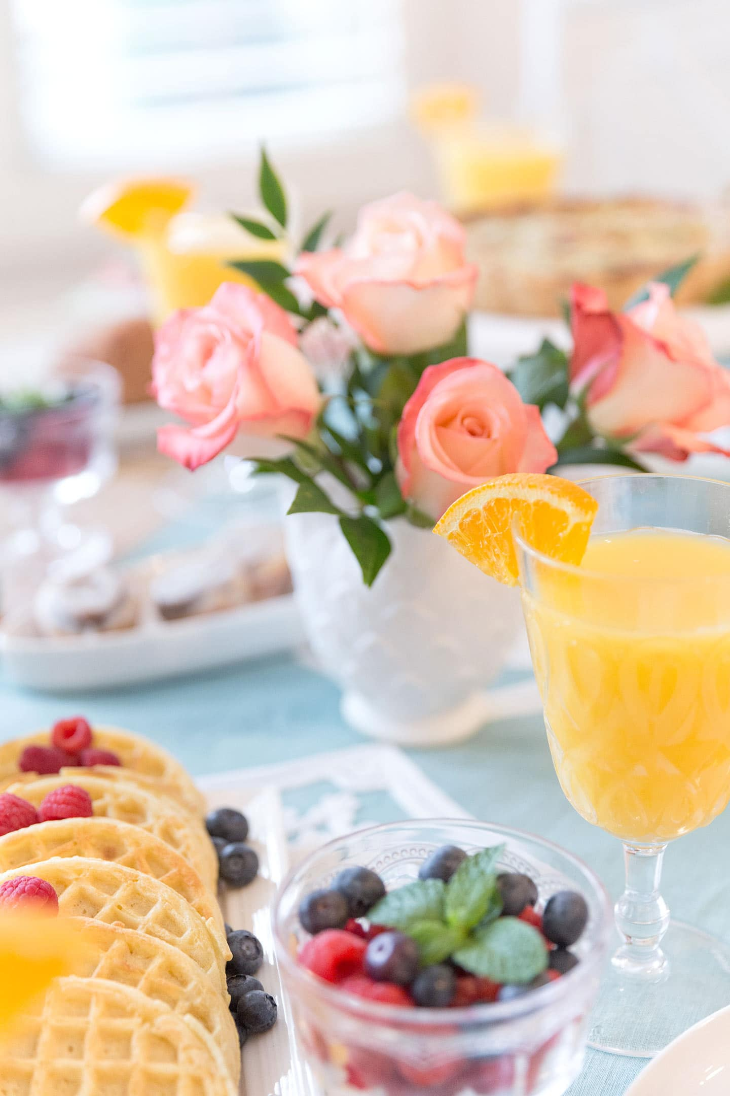 Host an Easy and Elegant Brunch Party