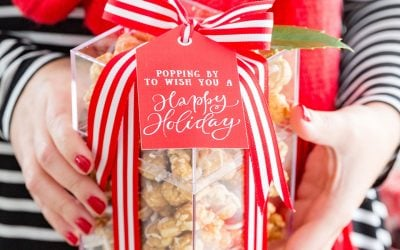 Holiday Popcorn Gift Idea + Free Printable Gift Tags