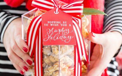 Holiday Popcorn Gift Idea + Free Printable Gift Tags