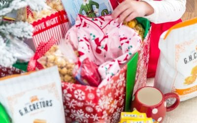 Holiday Movie Night Box - Cute idea for kids!