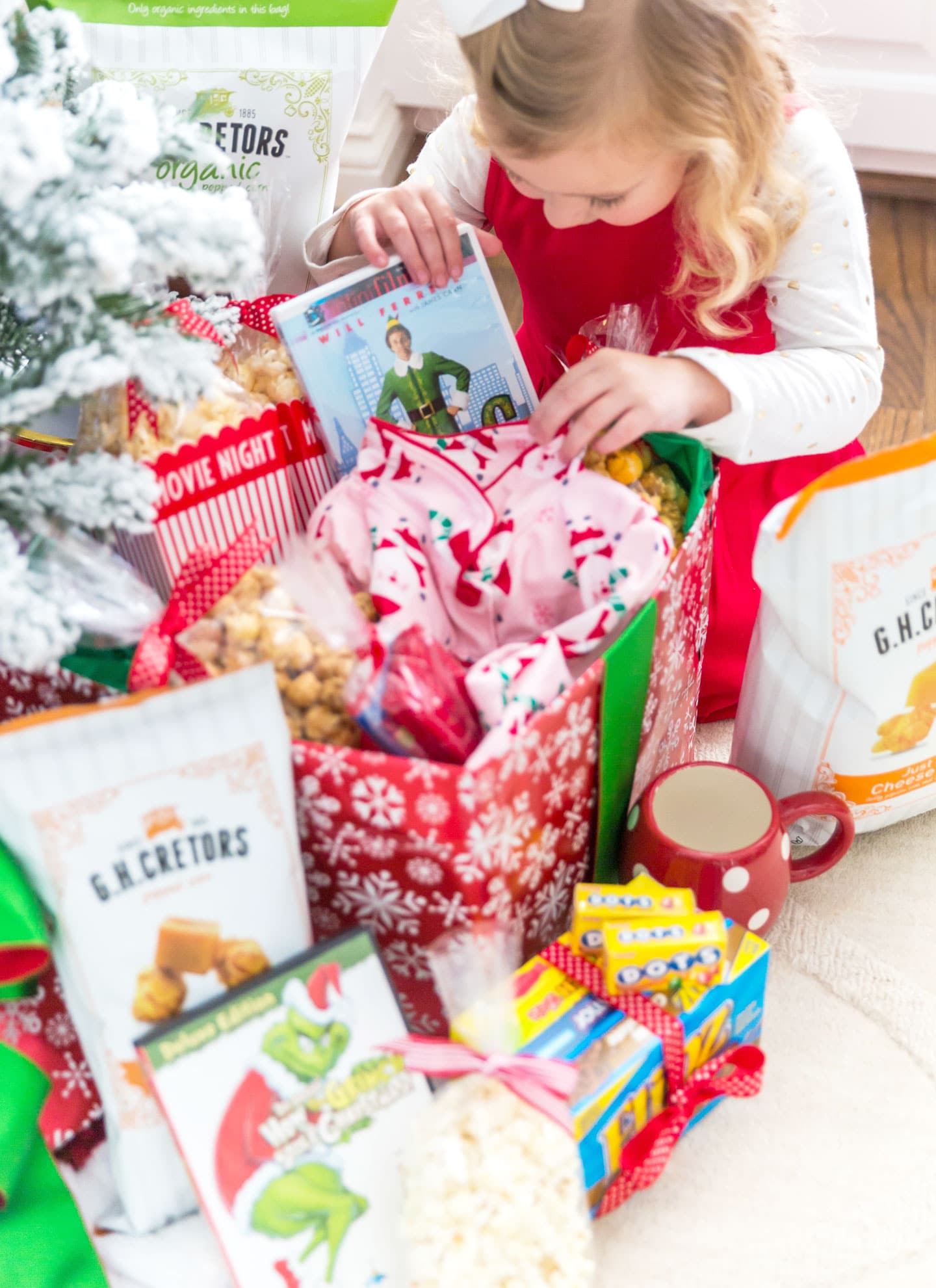 holiday movie night box cute idea for kids