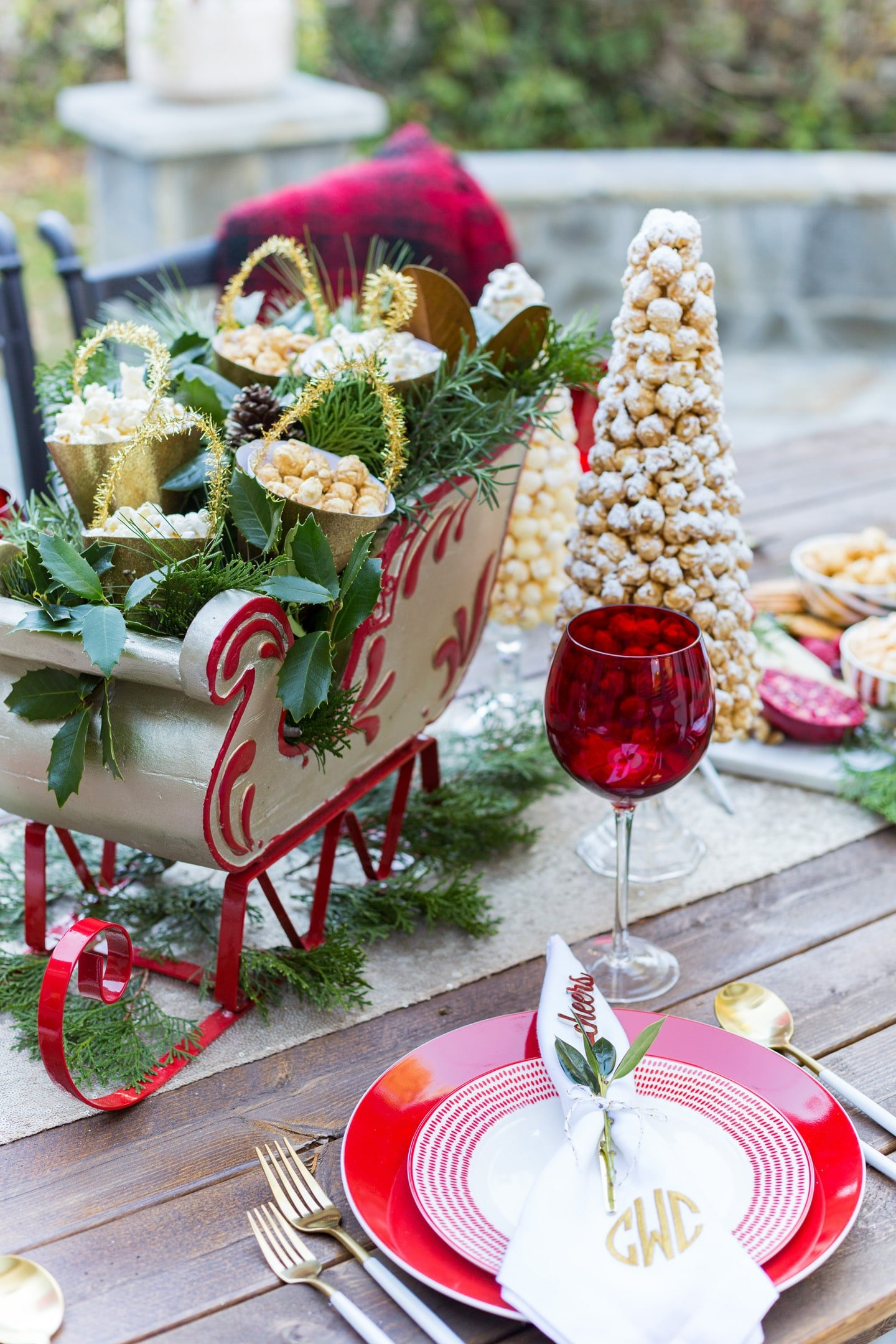 Festive Holiday Tablescape with Popcorn details!
