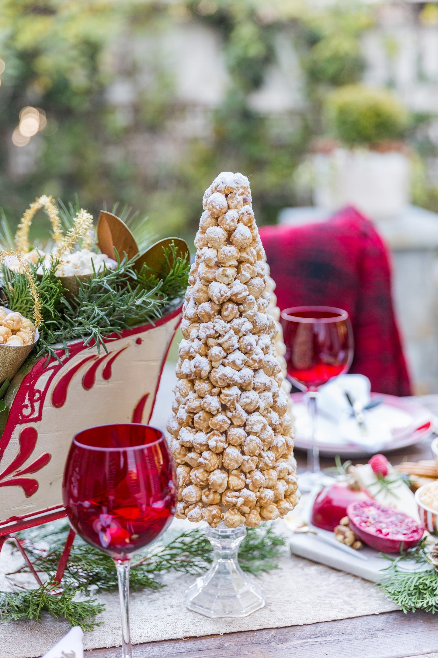 How to make a festive popcorn tree!