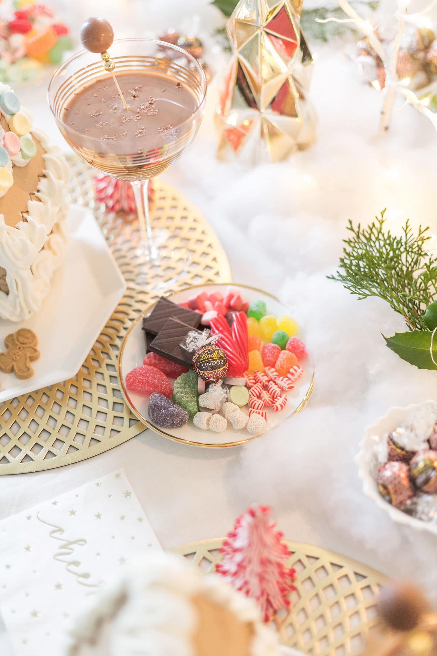 Luxe Gingerbread House Decorating Party