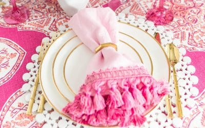DIY trimmed cloth napkins to make for your parties! #diy
