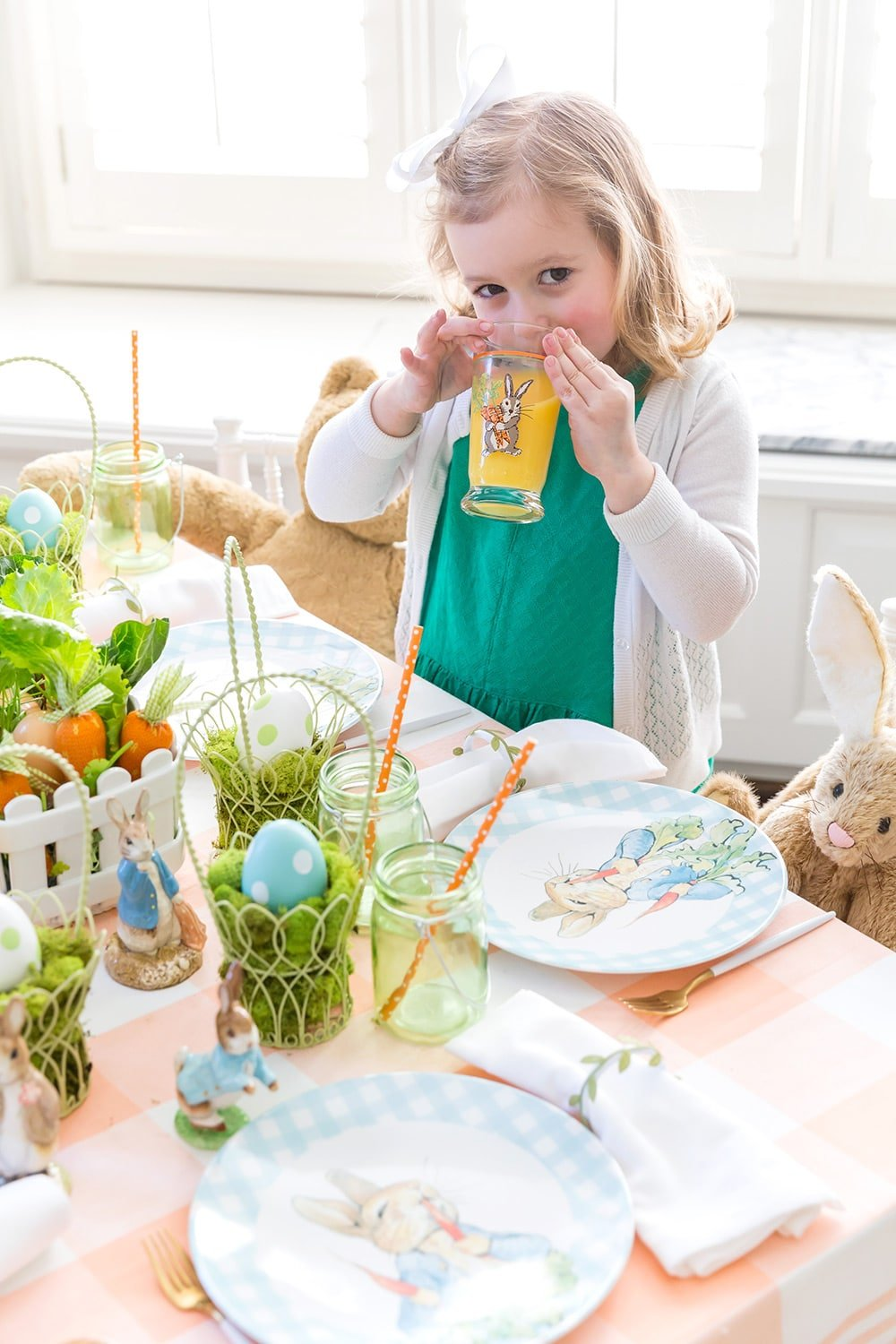 Host an Easter party for the Kids!