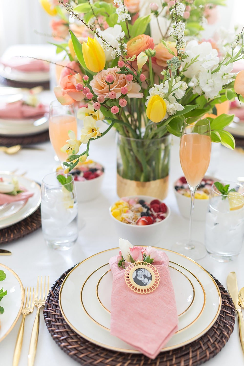Mother's Day Brunch Tablescape