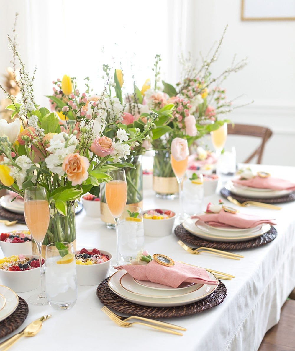 How to set a mother's day floral tablescape!