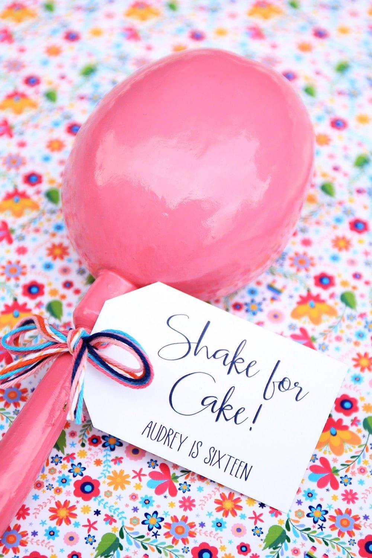 Shake for Cake Fiesta Maracas