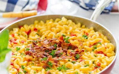 Southern Skillet Pimento Macaroni and Cheese