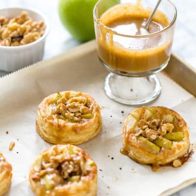 Apple Galletes with Walnuts