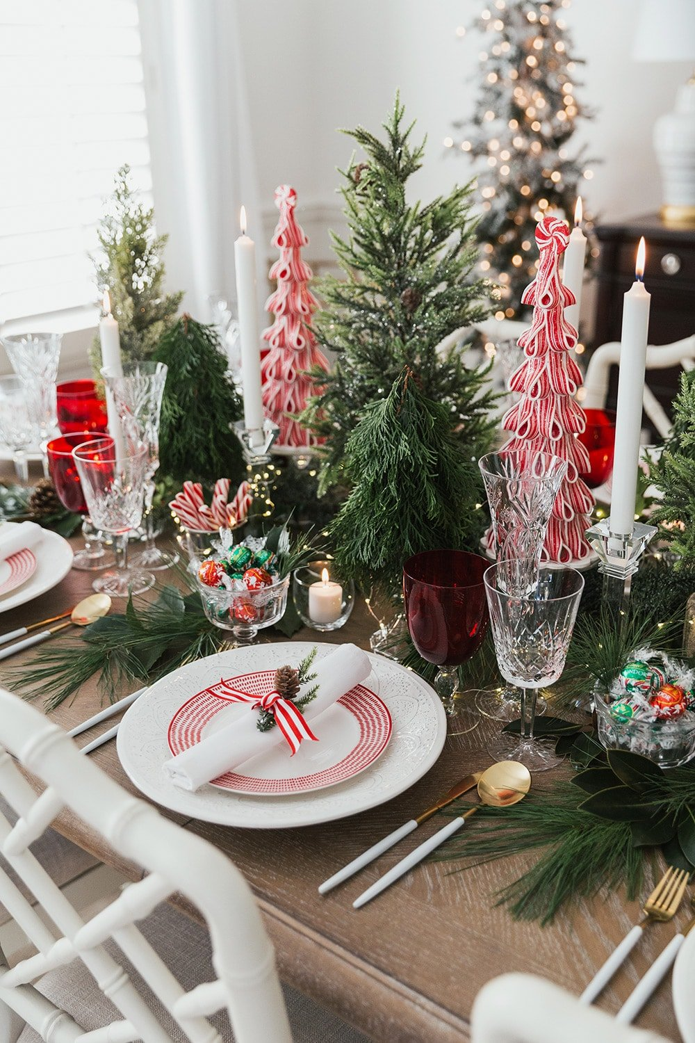 Holiday Dinner Party Tablescape