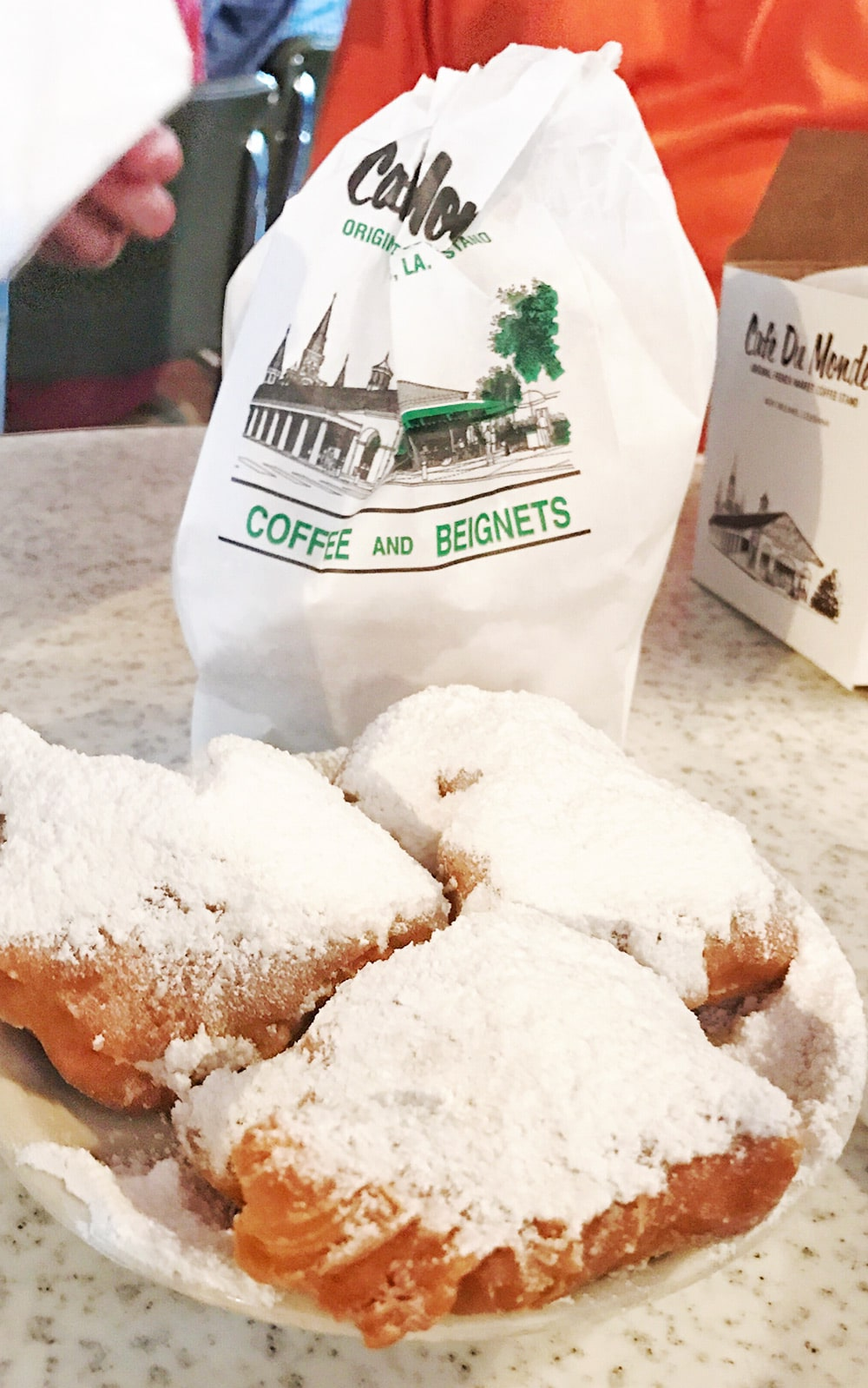 Cafe Du Monde Beignets NOLA