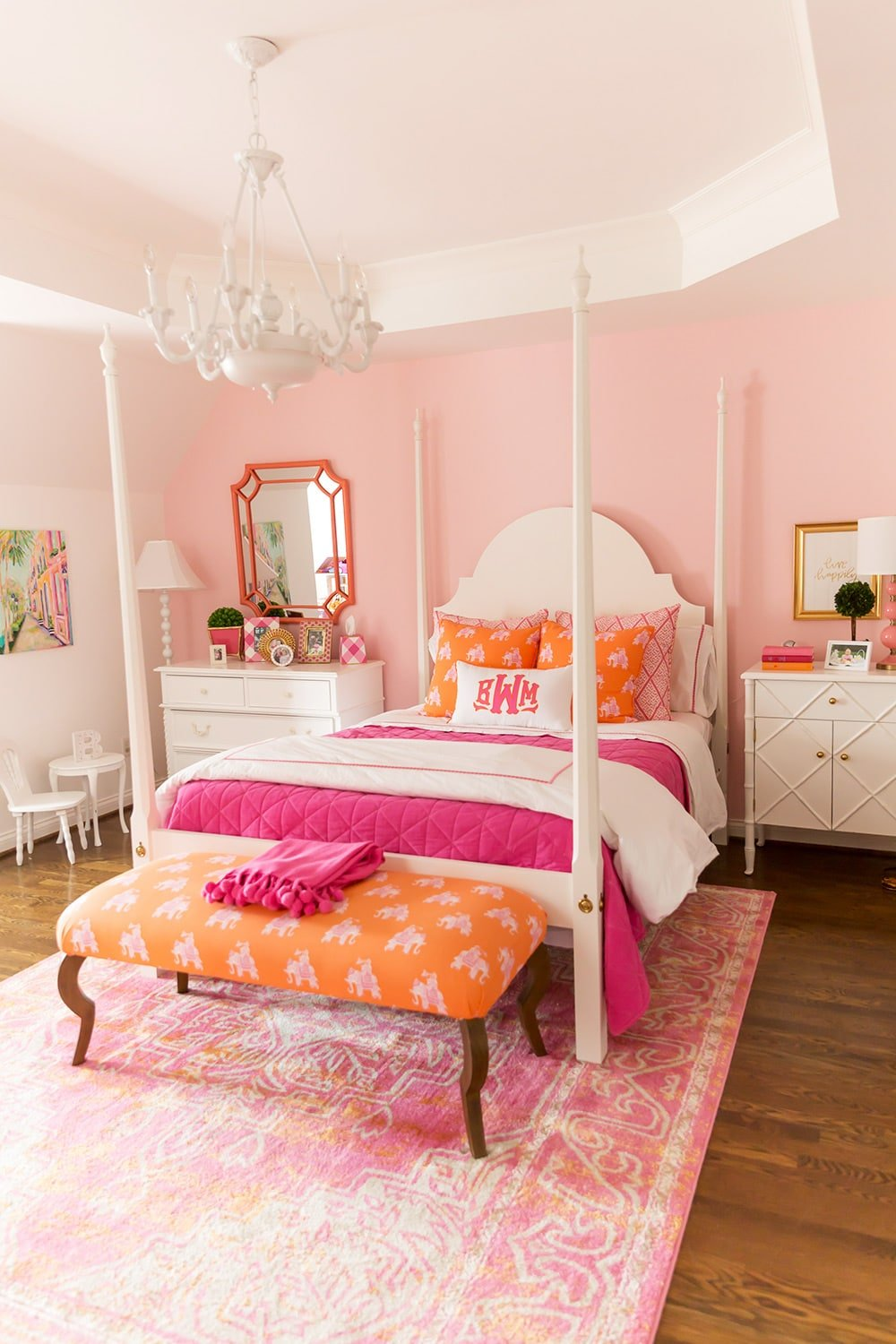 Girl's pink and orange bedroom!