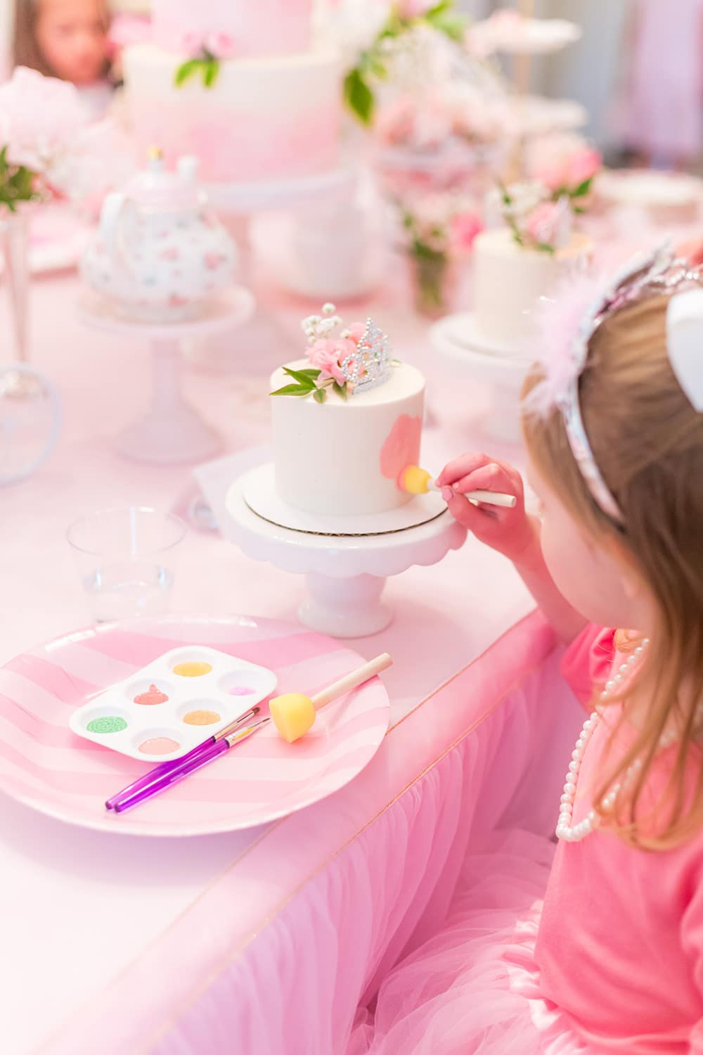 cake painting for princess party