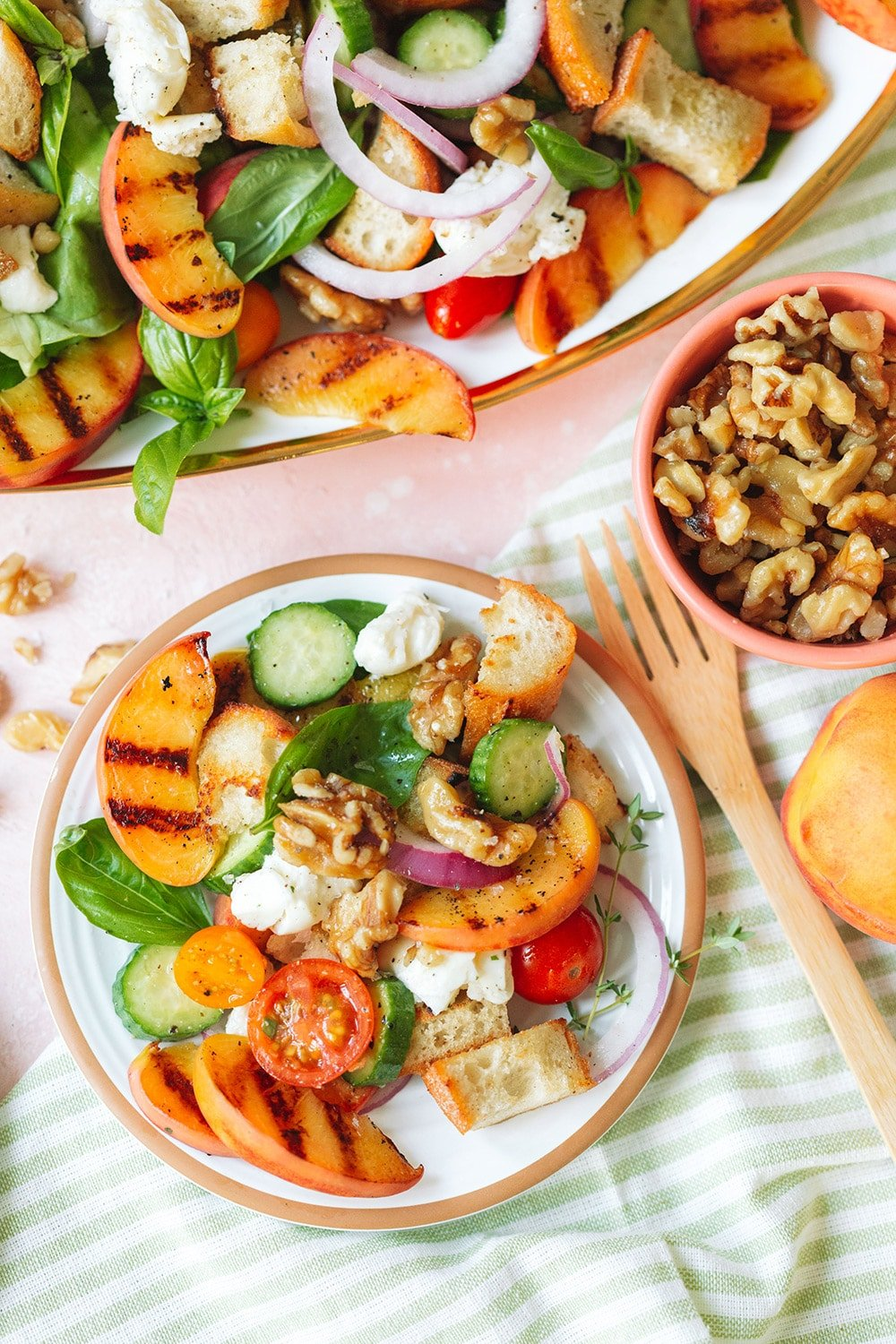 Panzanella salad with Peaches