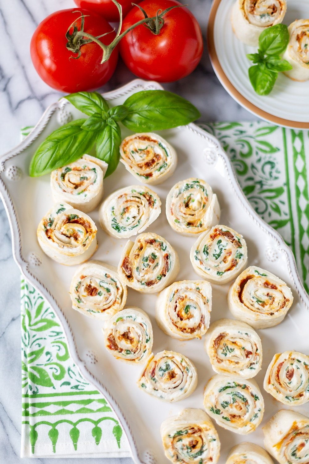 Sun-Dried Tomato Pesto PinWheels