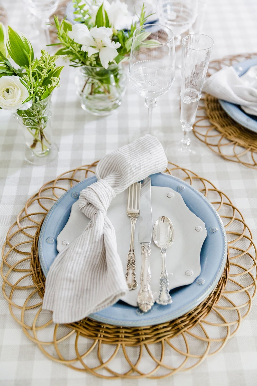 Blue and White Southern Summer Tablescape