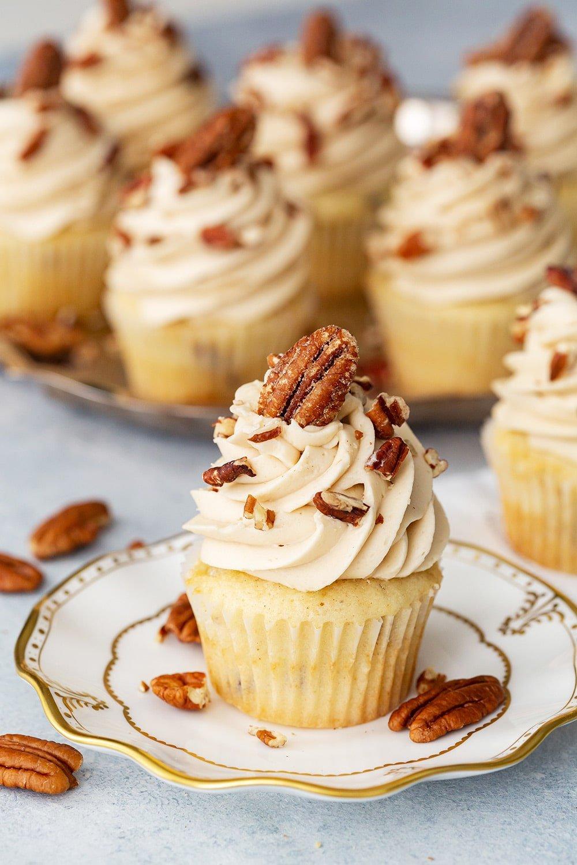 Thanksgiving Cupcakes - Pecan Pie Cupcakes